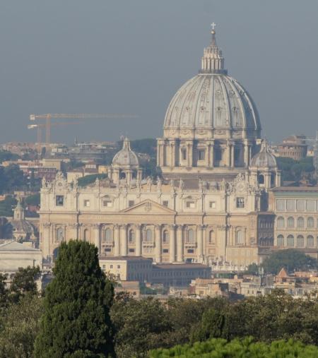 Ohne italienische Steuerlast (Petersdom, Foto: C. Koss, 10/2016)